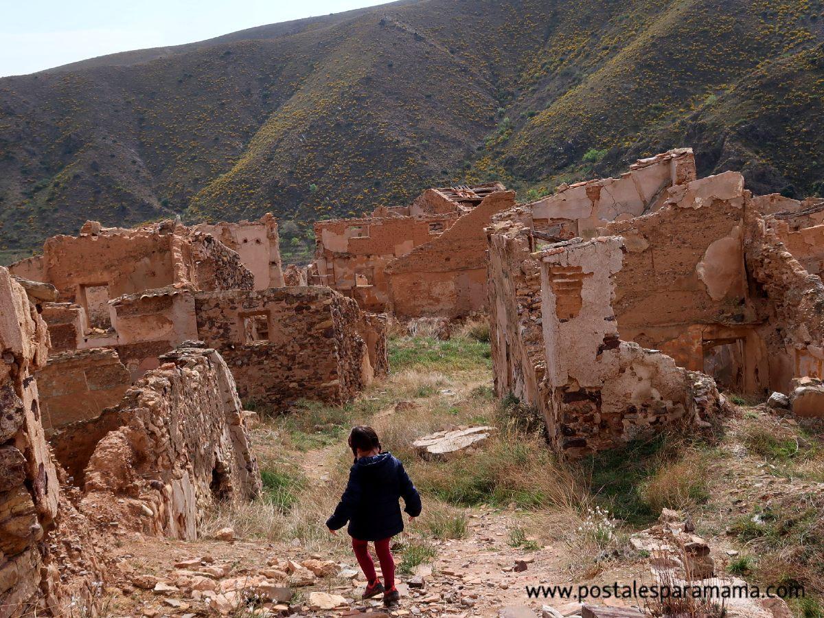 Villanueva de Jalón, visita a un pueblo abandonado
